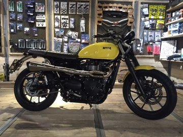 Street Twin Black & Yellow